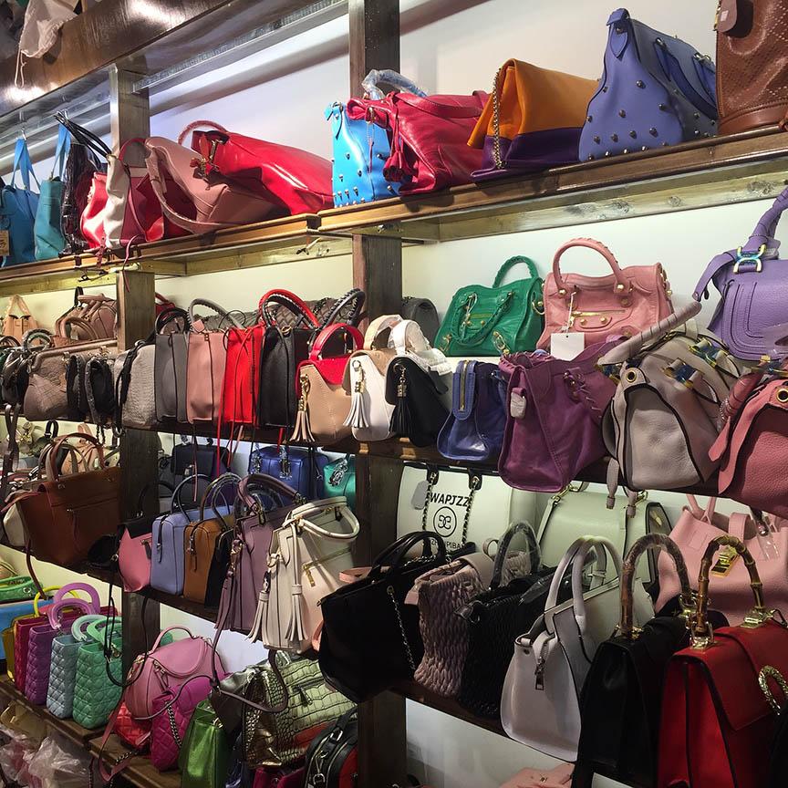 73881a202e7f 「バッグの種類を教えて!」バッグを種類別でまとめました! - LO CO MODE